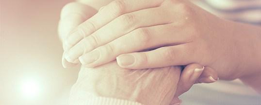 Comment aider un proche à surmonter un deuil