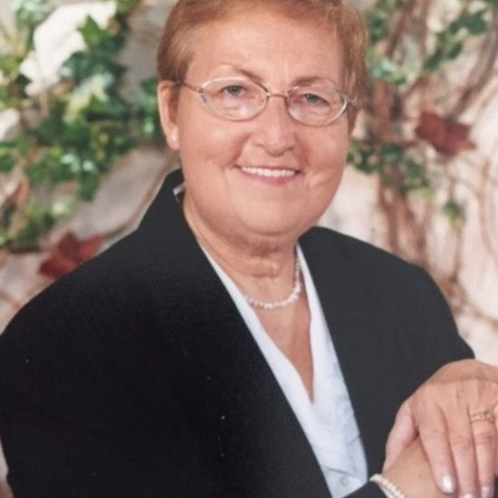 Pierrette Descoteaux