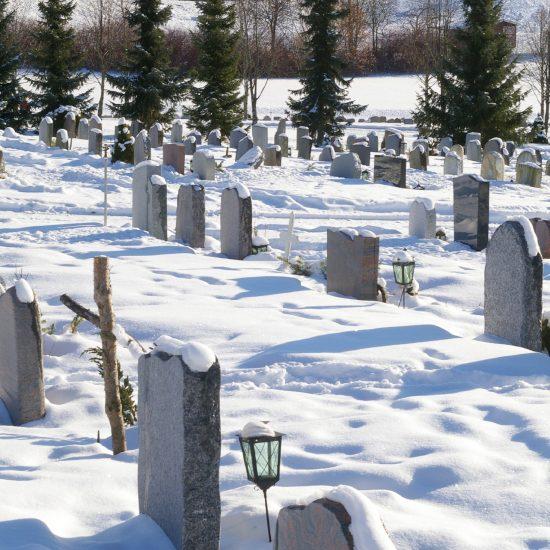 cimetière et enterrement